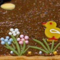 Wielkanocny mazurek chałwowy