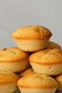 Muffinki serowe z kawałkami czekolady