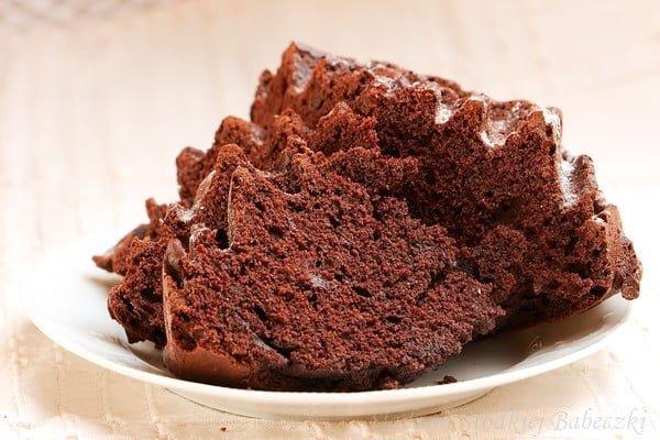 Babka czekoladowa na jogurcie