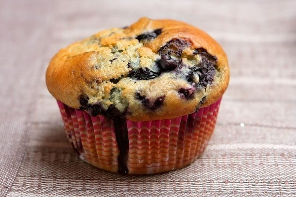 Muffinka z jagodami