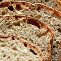 Chleb rosyjski z ziarnami (na zakwasie)