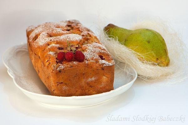 Ciasto z gruszkami i malinami