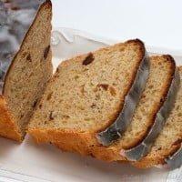 Miodowy chlebek z daktylami