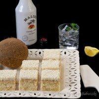 Sponge cake with cream Malibu / Sponge cake with Malibu cream