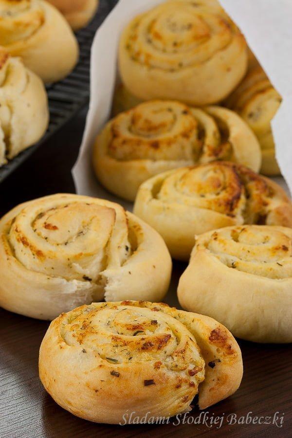 Bułeczki ziołowe | Garlic and herb rolls