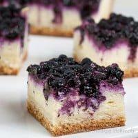 Drożdżowy placek z serem i jagodami / The yeast cake with cheese and blueberries