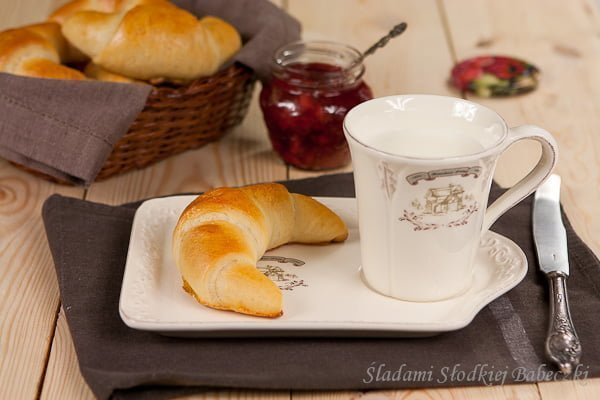 Rogaliki na maślance | Buttermilk Crescents
