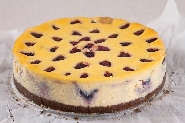 Raspberries Cheesecake With Brownies Bottom Traces Of
