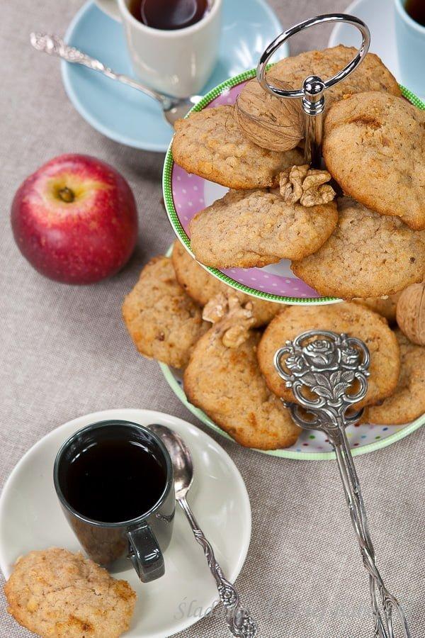 Ciasteczka z jabłkami i orzechami | Cookies with apples and walnuts