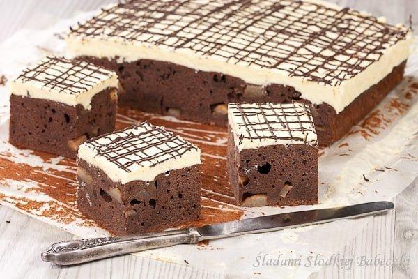 Ciasto czekoladowe z gruszkami | Chocolate cake with pears