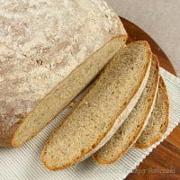Wholemeal bread with sunflower seeds | Yeast wholemeal bread with sunflower seeds