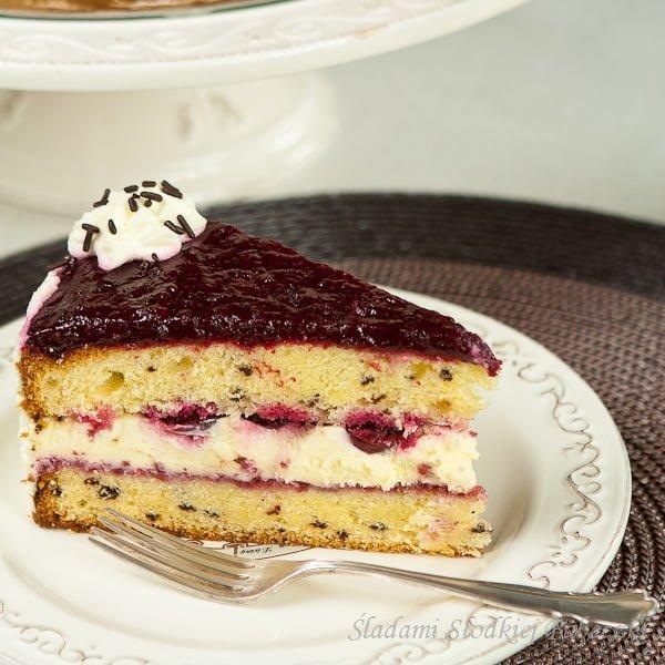 Tort mascarpone z wiśniami