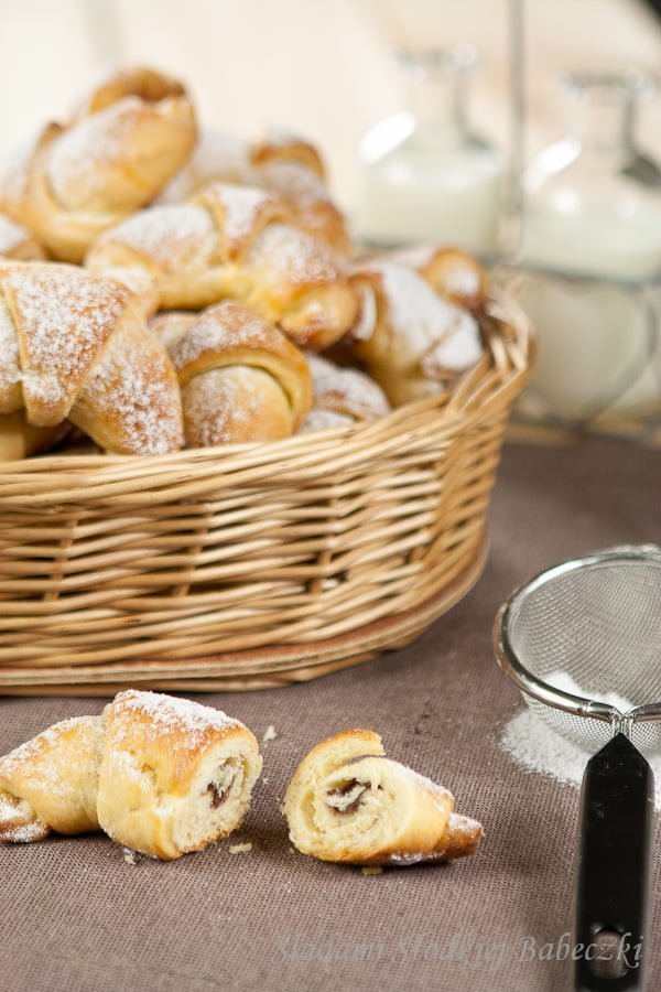 Rogaliki krucho-drożdżowe | Yeast croissants