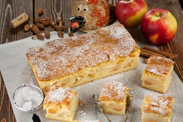 Szarlotka Eweliny z budyniem | Ewelina's apple pie with custard