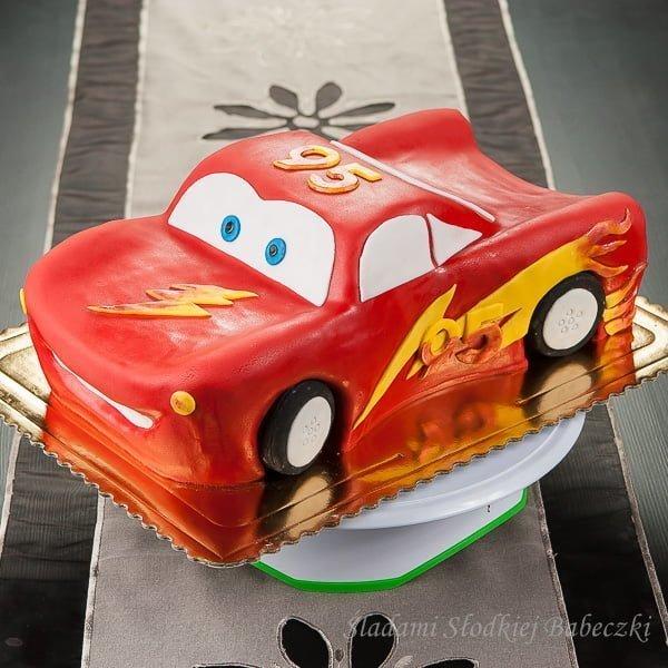 Tort Zygzak McQueen z instrukcją krok po kroku.