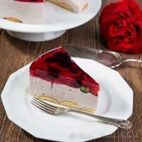 Cold cheesecake with cheese Almette